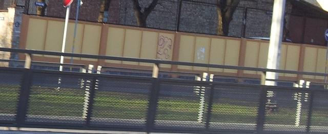 Skaistums pirms grafiti mēsliem Sakepats-zogs2.sized